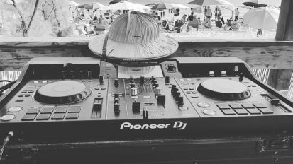 Dj Set (Wedding Party on the beach)